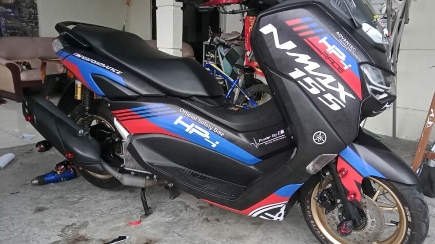 decal nmax hitam maxgraphica cutting sticker sidoarjo